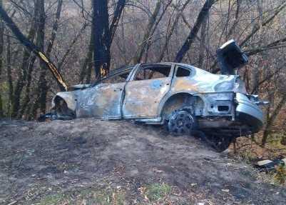 Водитель сгоревшего в Брянске после ДТП автомобиля сбежал