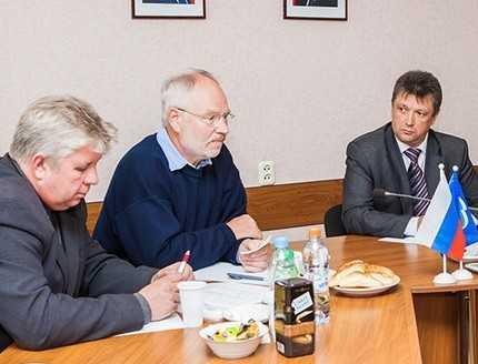 Брянский суд и УФМС ударили по немецкому благотворителю Норберту Раабе