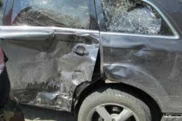 На брянской трассе разбилась иномарка — один человек погиб, двое ранены