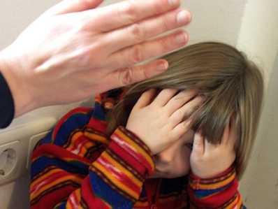 Брянца будут судить за избиение девятилетней девочки