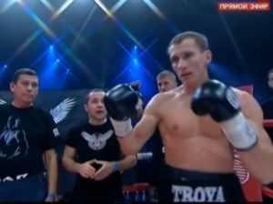 Брянский боксёр Трояновский решил работать с американским тренером (видео)