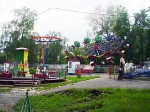 Аттракционы в брянском парке признали опасными для детей