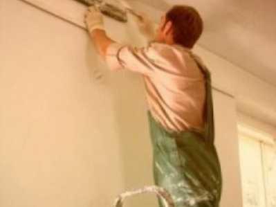 Брянский строитель украл 90 тысяч в ремонтируемой квартире