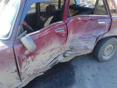 В Жуковке 84-летний водитель заехал под внедорожник