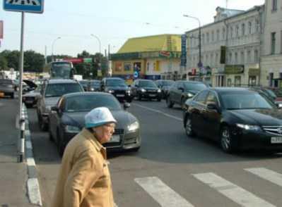 В Брянске «Фольксваген» убил на «зебре» пенсионерку