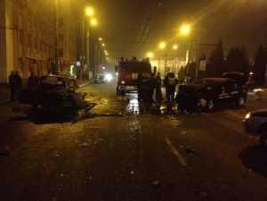 По вине пьяного брянского таксиста в ДТП пострадали студентка и парень