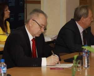 В Брянске прошел первый этап потешных выборов градоначальника