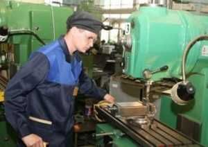 На гендиректора брянской фирмы завели дело за отрезанные пальцы рабочего
