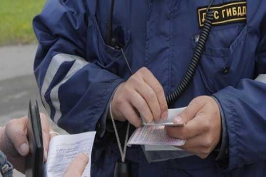 Брянский дорожник оштрафован на 200 тысяч за взятку гаишнику