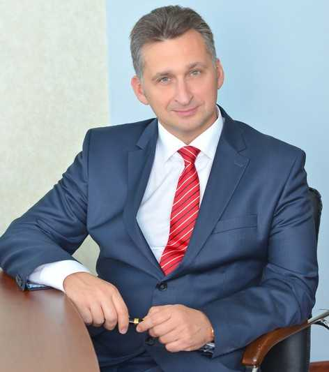 Брянский депутат Алексей Невструев поддержал переход школьников на пятидневку
