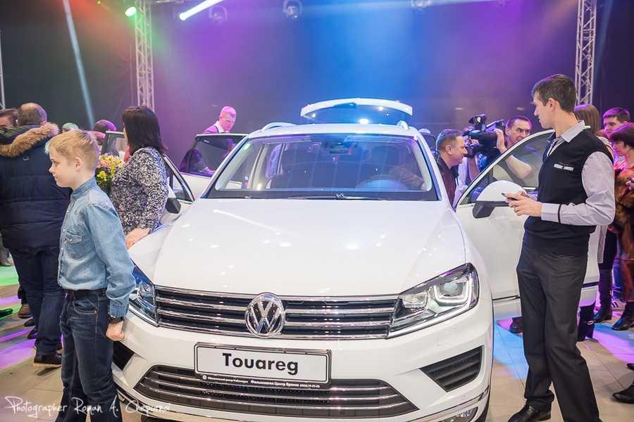 В Брянске презентовали новый Volkswagen Touareg