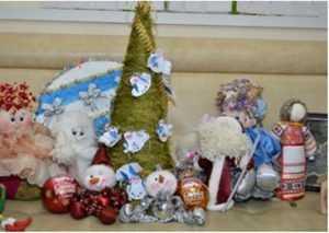 Главную брянскую ёлку украсят севастопольские игрушки
