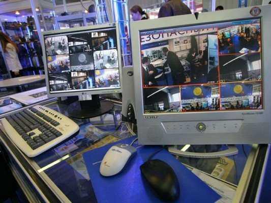 Брянским властям предложили программу оснащения домов видеокамерами
