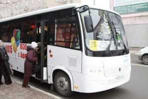 Власти купили для Брянска новый 64-местный автобус