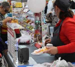Брянский глава Александр Богомаз взял на контроль цены продуктов