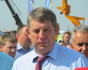 Брянский глава Александр Богомаз попал в число выживаемых губернаторов