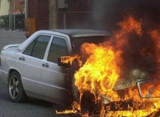 Полиция задержала брянца, который поджёг машину знакомого