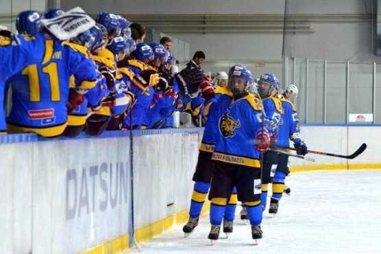 Хоккейный «Брянск», забросив «Кристаллу» 6 шайб, едва удержал победу