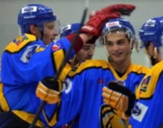 Хоккейный «Брянск» одолел рязанскую «Молнию», забив  на 1-й минуте