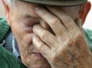 Брянский дед, едва не зарубивший 80-летнего соседа, признан невменяемым