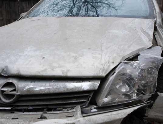 Под Брянском столкнулись два «Опеля» —  двое погибли, семеро ранены