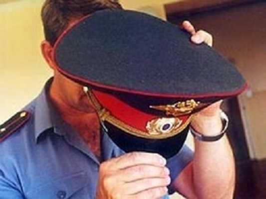 Сотрудников брянской полиции задержали при получении взятки