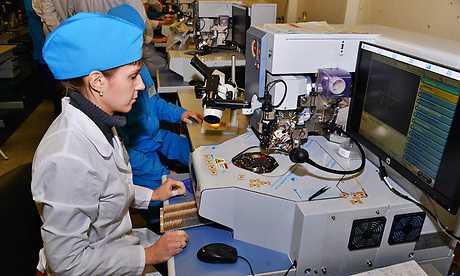 Брянский завод «Кремний» показал подготовку электронщиков