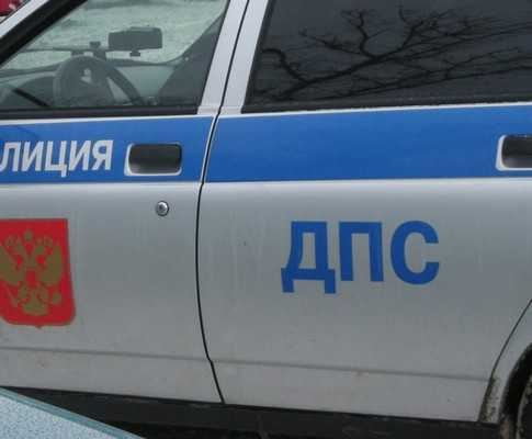 Четыре человека ранены при столкновении 3 машин в брянском райцентре