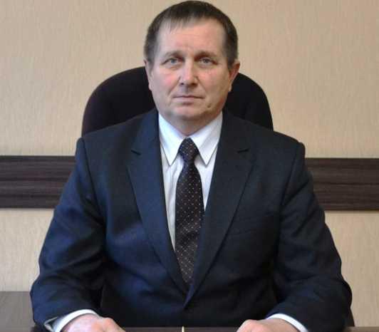 Глава Суземской администрации вернул незаконно полученную премию