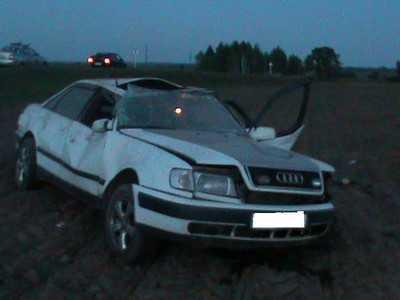 Молодой брянский водитель пустил свою иномарку под откос