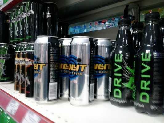 Брянские депутаты запретили продавать энергетики