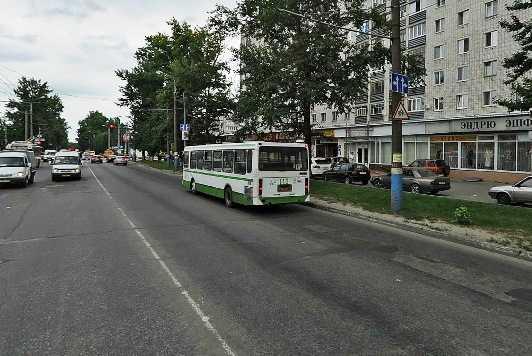В центре Брянска водитель покалечил на «зебре» 22-летнюю девушку