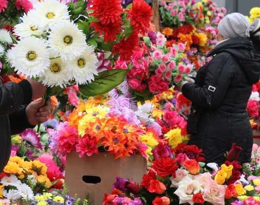В Брянске за кражу букета задержан вор-романтик