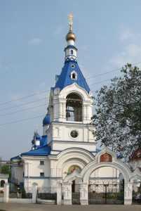 Путин побывал на рождественской службе в сельском храме