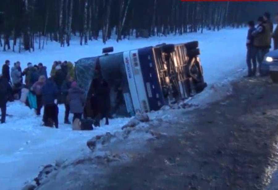 Под Москвой перевернулся брянский автобус – пострадали 6 человек