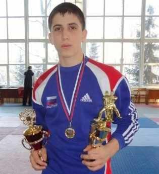 Брянский самбист завоевал место в сборной