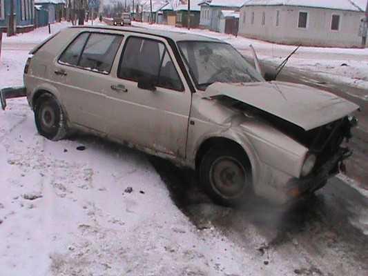 Брянская автомобилистка сломала в ДТП ключицу