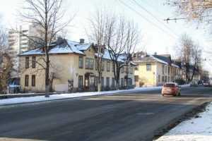 Жителей бараков на Советской улице Брянска переселят за два года