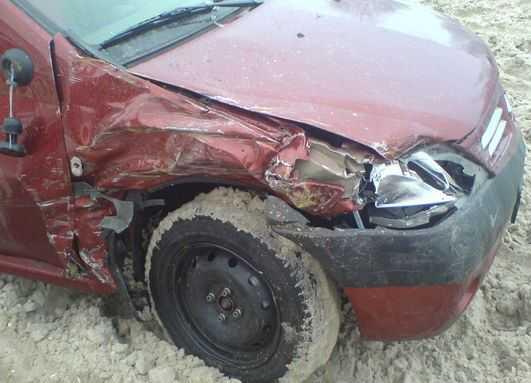 В кювете под Брянском погиб пьяный водитель «Рено»
