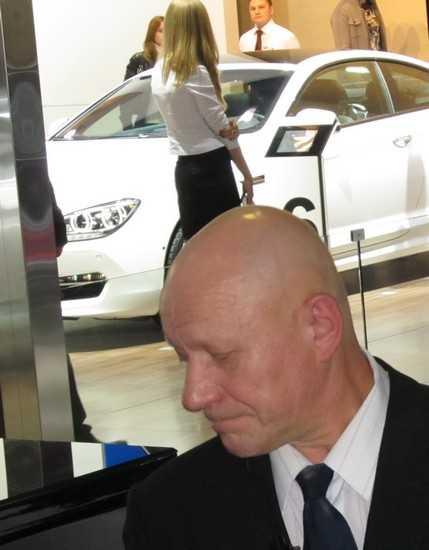 Брянским чиновникам запретят покупки дорогих автомобилей
