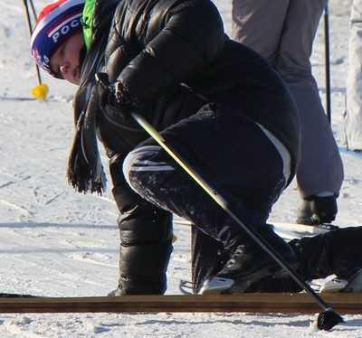 Брянских школьников заставили состязаться зимой на водных лыжах