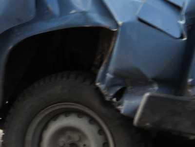 Пьяный брянский водитель врезался в клумбу и разбил голову