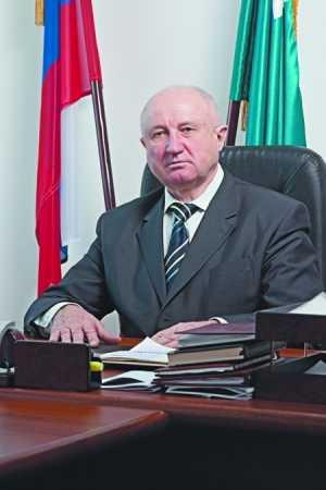 Ушел из жизни первый председатель брянской Думы Валерий Рогачев