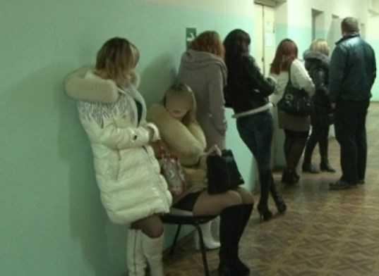 Брянская полиция задержала 14 проституток