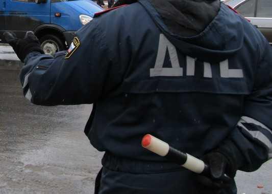 В Брянске задержали водителя, залившего в себя бутылку водки