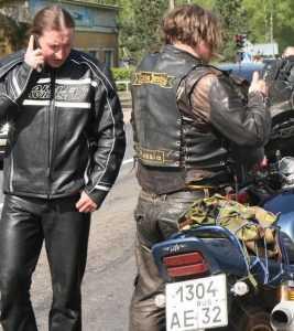 В Брянске приземлят летающих мотоциклистов