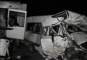 Водитель маршрутки, врезавшейся в фуру под Брянском, уснул за рулём