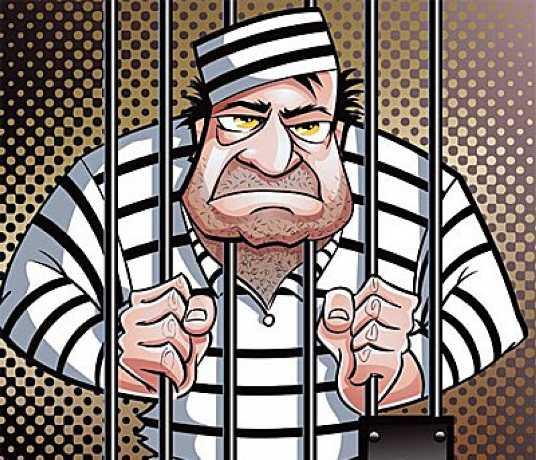 Зека, ударившего сотрудника брянской колонии, отправили под суд