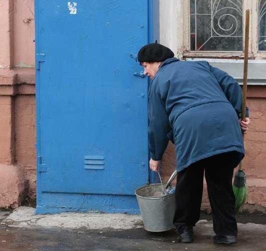 Власти Брянска вручат метлу владельцам магазинов «Магнит»
