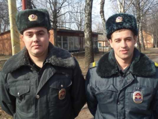В Брянске полиция схватила грабителя, напавшего на женщину